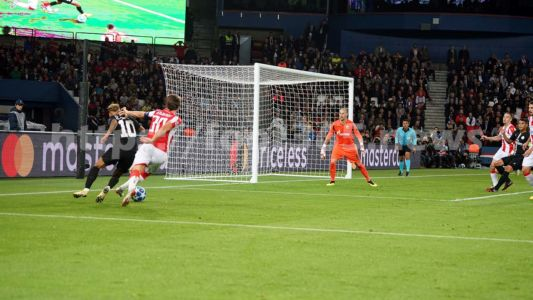 PSG Etoile Rouge 091