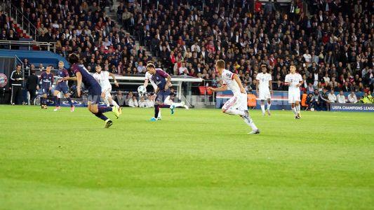 PSG FCB2 065
