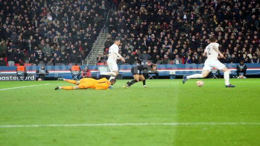 PSG Man United 102