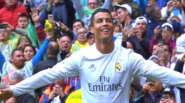 """Calcio : Ronaldo à la Juve ? les """"Bianconeri"""" attendent """"CR7"""" comme le messie"""