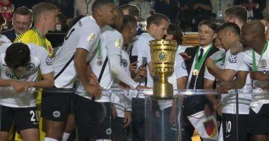 Coupe d'allemagne : L'Eintracht de Francfort remporte le trophée face au Bayern Munich 3-1 (vidéo)