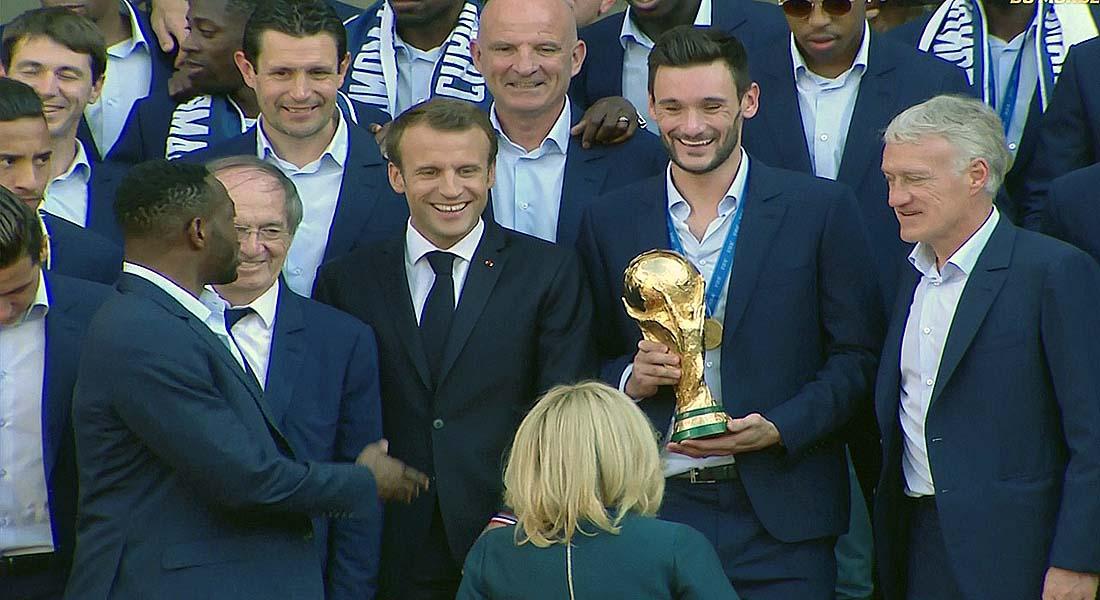 """Mondial : """"Bienvenue au club !"""", lance Beckenbauer à Deschamps"""