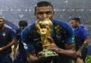 """Ligue 1 : la LFP condamne """"fermement"""" un tag haineux visant Mbappé"""