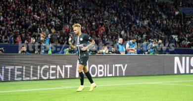 Ligue des champions: Neymar et le PSG  régalent , Monaco trébuche