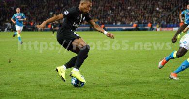Ligue 1: le Paris SG bat Toulouse 4-0 et  perd Cavani et Mbappé sur blessure