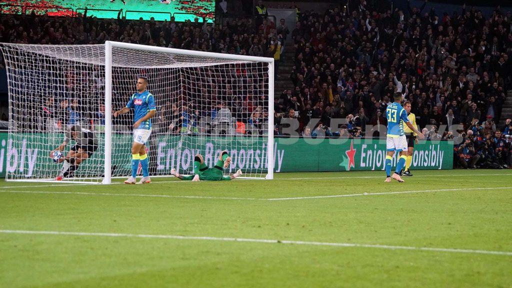 PSG_Naples_099