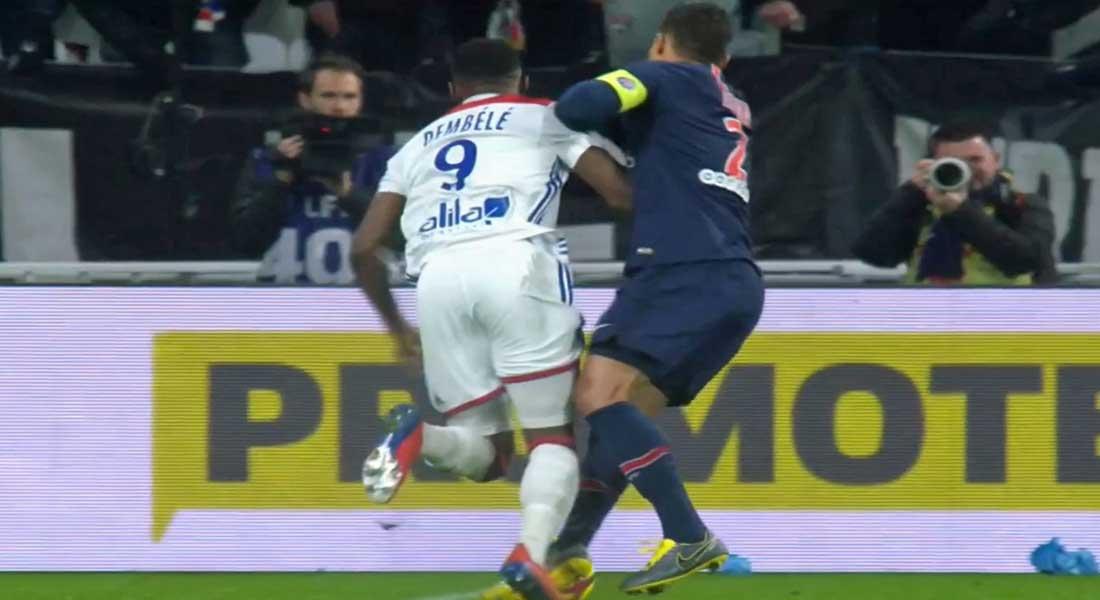 Ligue 1 : Lyon inflige au PSG la première défaite de la saison sur le score de 2-1, vidéo