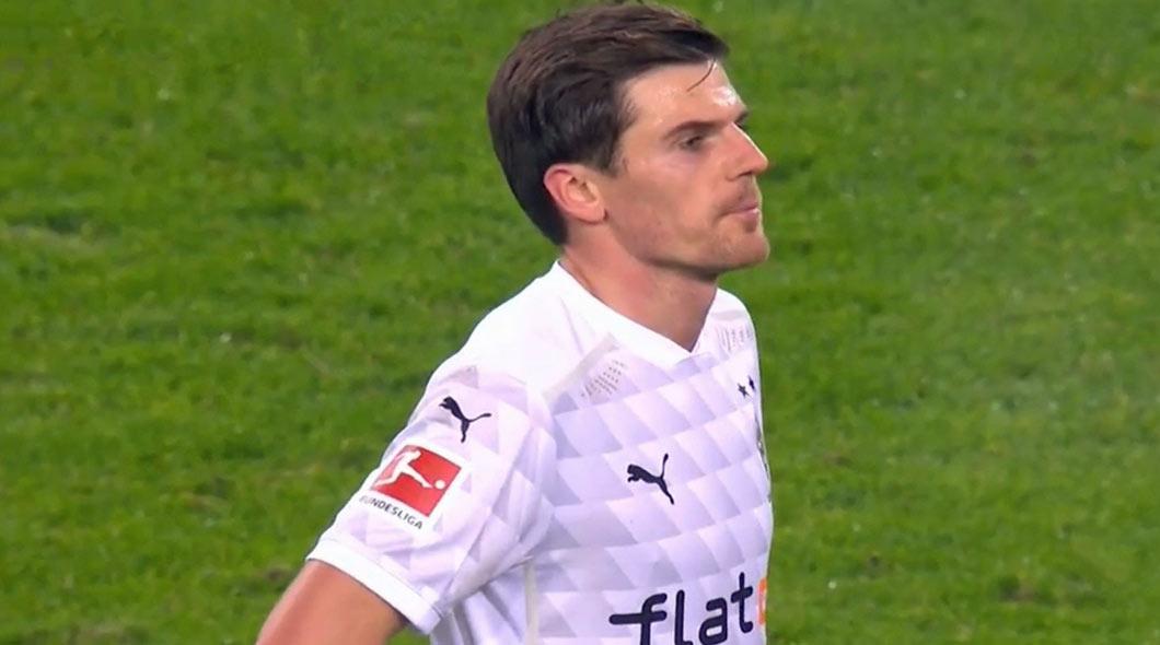 Allemagne: Borussia Mönchengladbach- Bayern Munich (3- 2) , Les Bavarois ont joué avec le feu